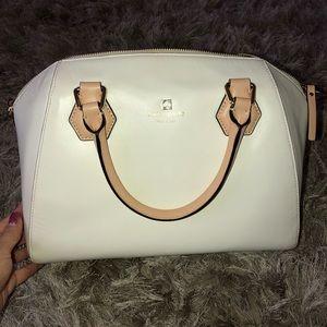 👛 White Kate Spade purse 👛